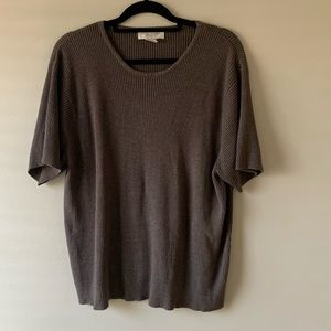 Woman's Casual Corner Blouse